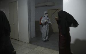 War-torn Syria braces for lockdown after first virus case