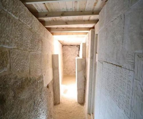 Inscriptions found on the walls of one of the Giza Plateau tombs. Picture: Ministry of Antiquities
