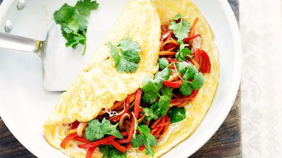 "<a href=""http://kitchen.nine.com.au/2016/05/16/15/29/vegetable-noodle-omelettes"" target=""_top"">Vegetable noodle omelettes</a>"
