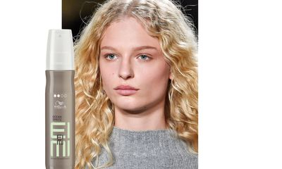 "Stylist Paul Hanlon used <a href=""http://www.wella.com/professional/en-EN/product/EIMI-styling/texture-ocean-spritz"" target=""_blank"">Wella Professionals EIMI Ocean Spritz</a> on dry hair to create a textured look at Rag &amp; Bone.&nbsp;"