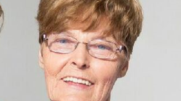 Enid Brotherton was last seen leaving her Bathurst home in her silver Holden Barina last night. (NSW Police)