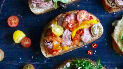 "Recipe: <a href=""http://kitchen.nine.com.au/2016/09/19/12/43/open-steak-sandwich-with-smoky-tomato-sauce-roast-yellow-capsicum-and-rocket"" target=""_top"">Open steak sandwich with smoky tomato sauce, roast yellow capsicum and rocket</a>"