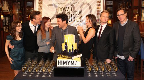 The cast of How I Met Your Mother celebrate 200 episodes. (Getty)
