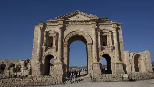 Attacker stabs eight at popular Jordanian tourist site