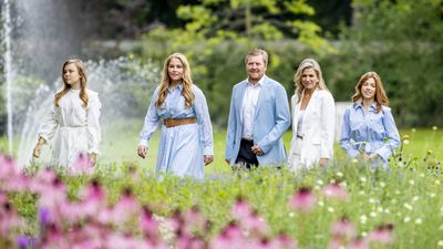Dutch royals goof off in sweet family portraits