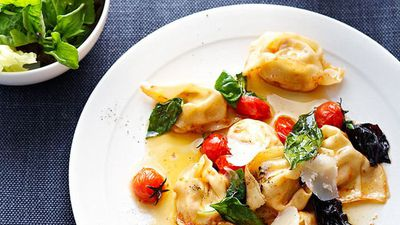 "<a href=""http://kitchen.nine.com.au/2016/05/16/11/27/tomato-and-ricotta-tortellini-with-basil"" target=""_top"">Tomato and ricotta tortellini with basil<br /> </a>"
