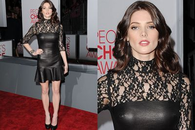 Ashley Greene goes for va-va-voom glam.