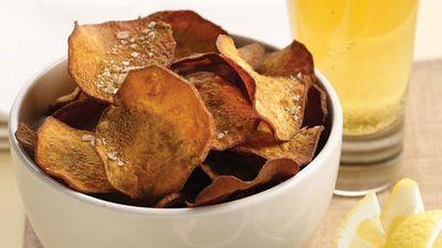 """<a href=""""http://kitchen.nine.com.au/2016/05/13/12/19/kumara-chips-with-cumin-salt"""" target=""""_top"""">Kumara chips with cumin salt</a>"""