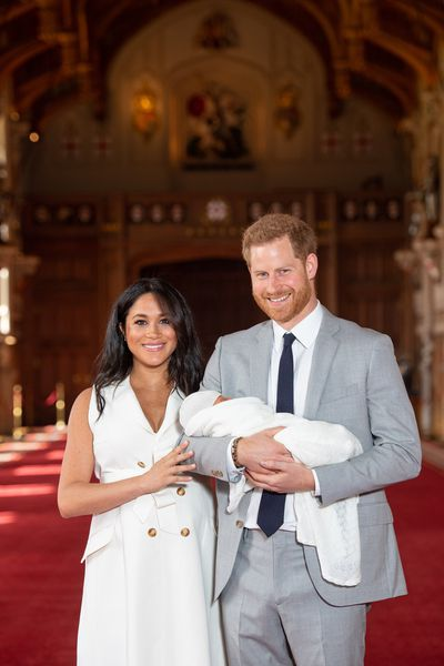 65f6fbd25d1 Meghan Markle s post-birth dress  See the first pictures