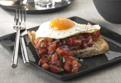 Spicy eggs on Turkish toast