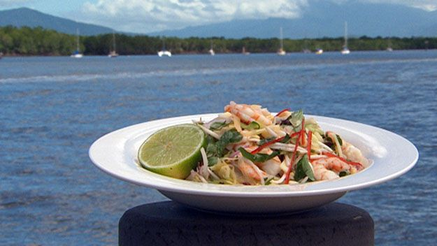 Vietnamese prawn & papaya salad