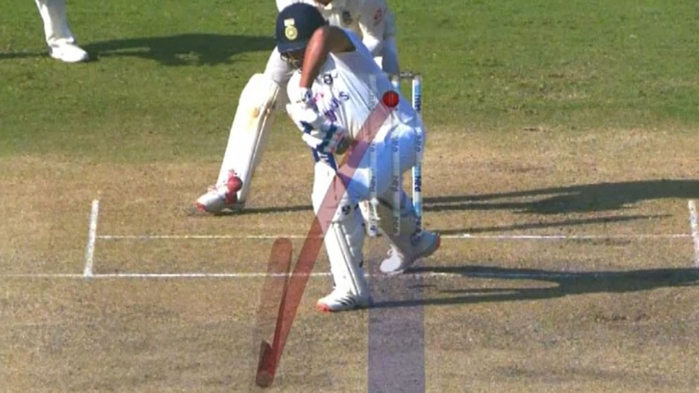 Third umpire strikes again with diabolical LBW call in India vs England second Test