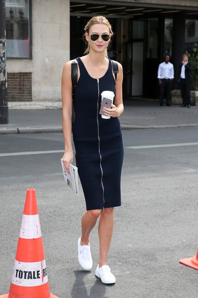 <p>Karlie Kloss arriving.</p>