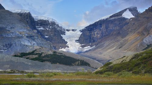 Canada's glaciers to shrink 75 percent by 2100 say scientists