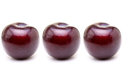 Three plums are 100 calories