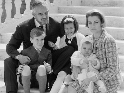 Grace starts a family, 1957-65