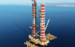 Australian craning company assembles history-making bridge in Turkey