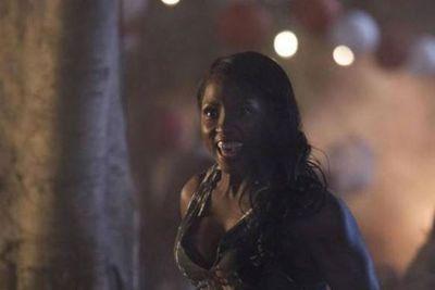 Eeek! Rutina Wesley looks terrifying as Tara Thornton.<br/>