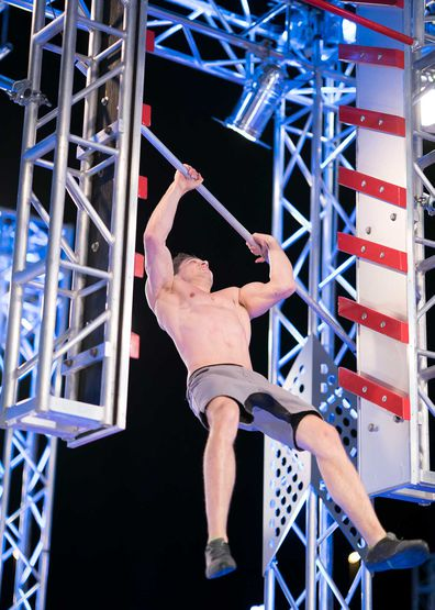 Jordan Papandrea falls off the Salmon Ladder in Stage 2 of the Australian Ninja Warrior Grand Final season 3 2019.