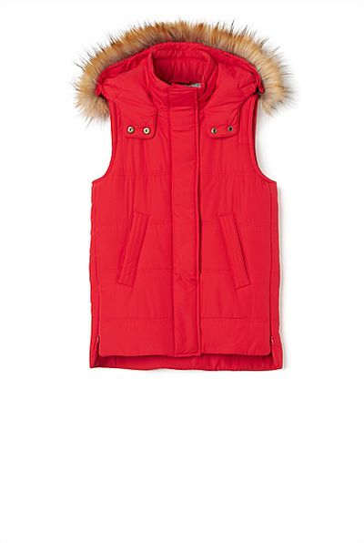 "<a href=""https://www.witchery.com.au/shop/girl/new-in/60211741/Long-Sleeveless-Puffer.html"" target=""_blank"" draggable=""false"">Witchery Long Sleeveless Puffer, $79.95.</a>"