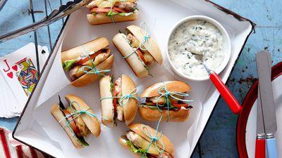 "<a href=""http://kitchen.nine.com.au/2016/05/16/15/35/portuguese-slider-burgers"" target=""_top"">Portuguese slider burgers<br> </a>"