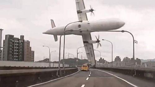 Ten TransAsia pilots fail skills tests following deadly crash