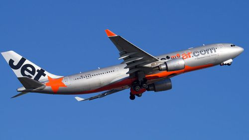 Jetstar and Virgin cough up hundreds of thousands for misleading 'drip pricing' techniques