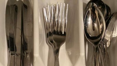 Controversial post about organising cutlery kicks off heated debate