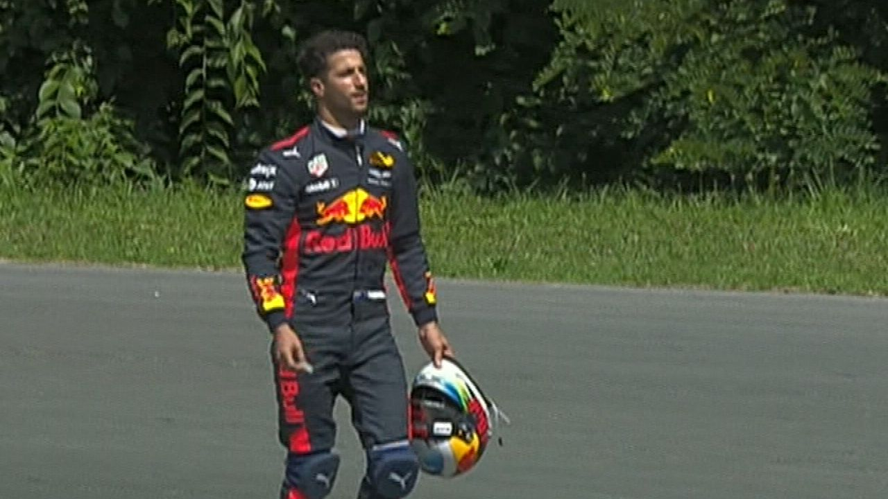 Ricciardo launches tirade at teammate