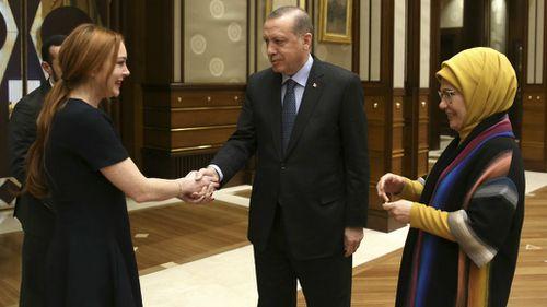 Lindsay Lohan meets Turkish President Recep Tayyip Erdogan. (AFP)