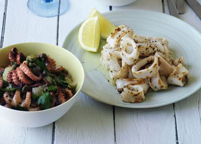 "<a href=""http://kitchen.nine.com.au/2016/05/20/11/16/calamari-with-skordalia"" target=""_top"">Calamari with skordalia</a>"