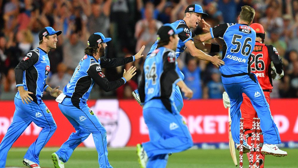 Adelaide Strikers pip Melbourne Renegades to reach BBL final