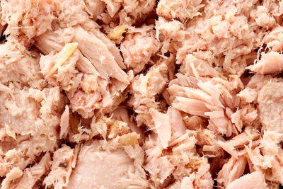 Salmon: 63mcg of iodine per 105 can