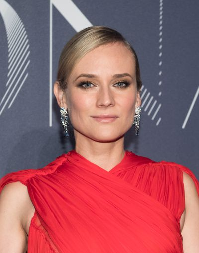 Diane Kruger turned heads in the strongest of reds. She complimented the look with a daring eye in gold shimmer.