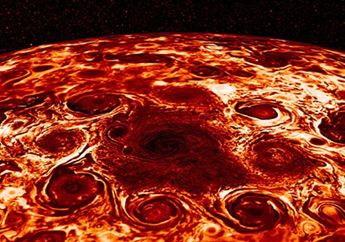 This NASA photo shows the central cyclone at the planet's north pole . (Photo: AP).