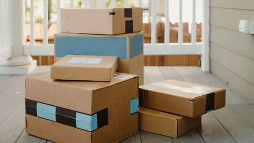 post parcels delivery mail box packages online shopping