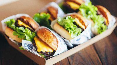 "<a href=""http://kitchen.nine.com.au/2016/05/05/10/01/ribs-burgers-pocket-burger-on-a-butter-bun"" target=""_top"">Ribs & Burgers' Pocket burger on a butter bun</a>"