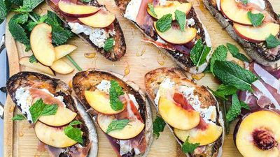 <strong>Ricotta and black pepper crostini with prosciutto and peach</strong>