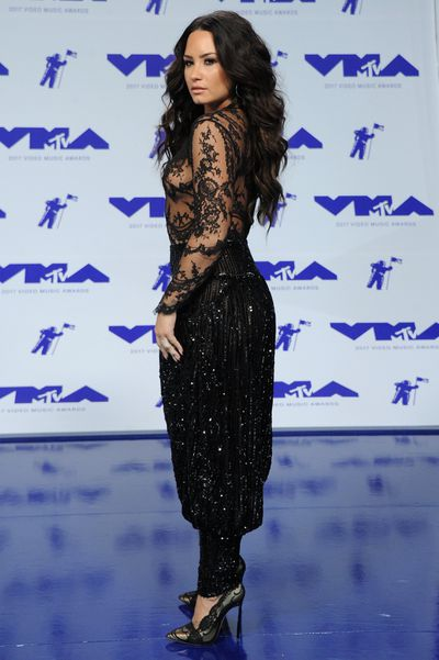 Demi Lovato in Zuhair Murad at the 2017 MTV VMAs in LA, August 27.