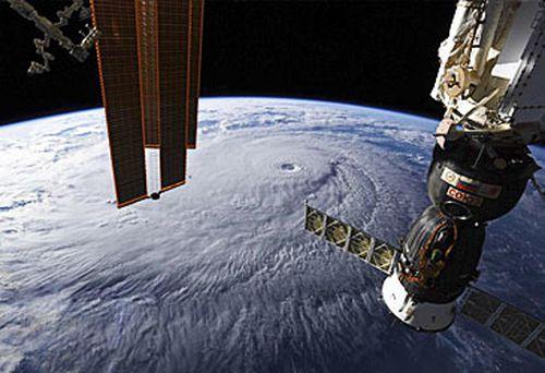 Satellite view of hurricane (NASA)