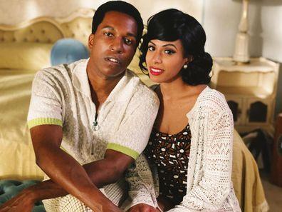 A estrela de Leslie Odom Jr e sua esposa na vida real Nicolette Robinson estrelam One Night In Miami.