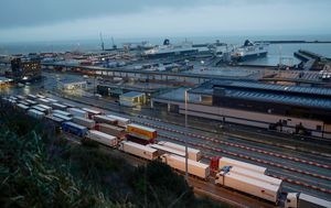 UK says no-deal Brexit could see 7000 trucks queued at border to cross the English Channel