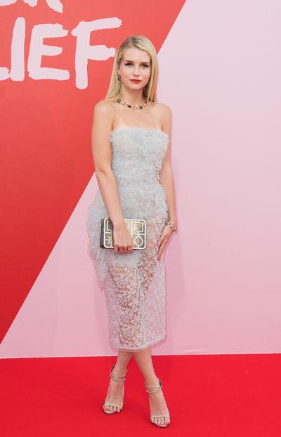 Lottie Mossat Fashion Relief, Cannes