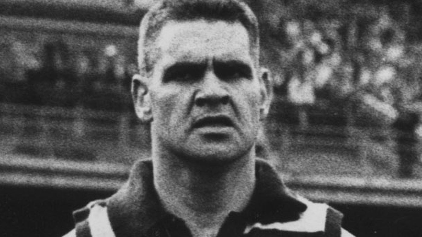 Late footy legend Graham 'Polly' Farmer found to have CTE, in worrying first for AFL