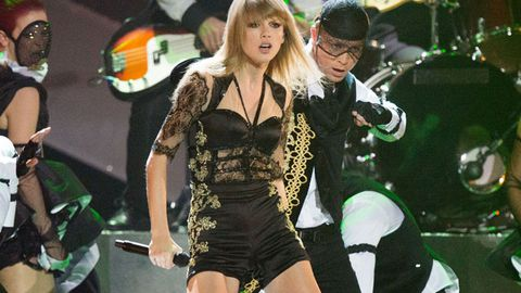 Busted: Hundreds of Taylor Swift's fan letters thrown away unopened
