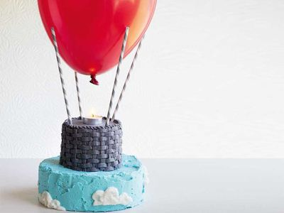 "Recipe: <a href=""http://kitchen.nine.com.au/2017/10/06/10/03/up-up-and-away-hot-air-balloon-birthday-cake"" target=""_top"">Up, up and away hot air balloon birthday cake</a>"