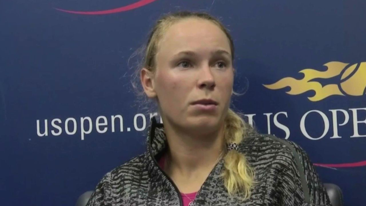 Wozniacki furious at Sharapova favouritism