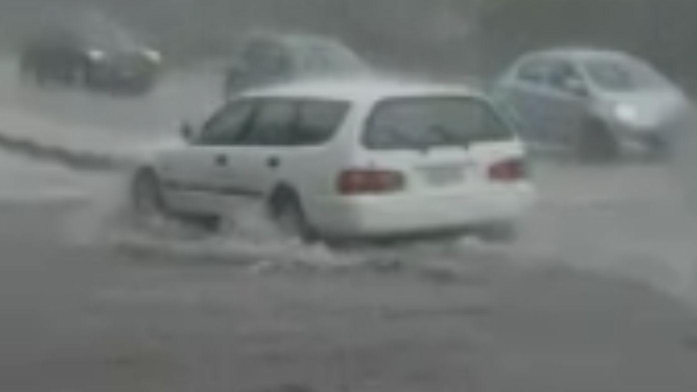 120mm of rain falls in one hour over Queensland