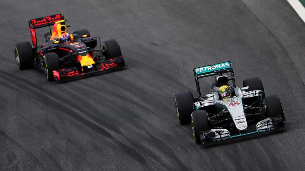 Lewis Hamilton takes F1 pole in Brazil