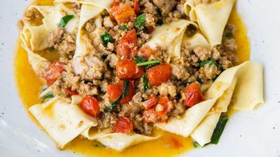 "Recipe:&nbsp;<a href=""http://kitchen.nine.com.au/2016/09/28/09/21/salsa-bolognese-bianco"" target=""_top"" draggable=""false"">Salsa bolognese bianco with pappardelle</a>"